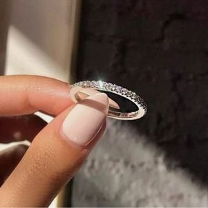 New Gorgeous Silver Wedding Band/Ring